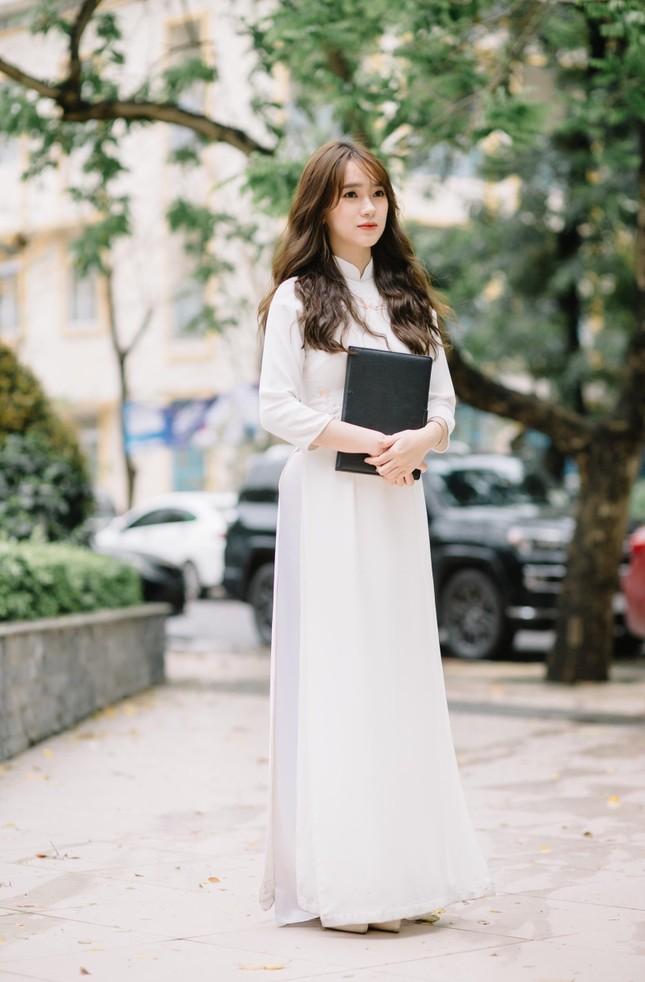 Nữ Đảng viên 9X tài năng, say mê công tác Đoàn trường Đại học Kinh tế Quốc dân ảnh 3