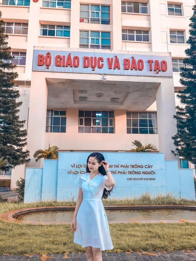 """Cô gái Bình Dương và con đường trở thành MC VTV2: """"Hãy sống thật tử tế"""" ảnh 8"""