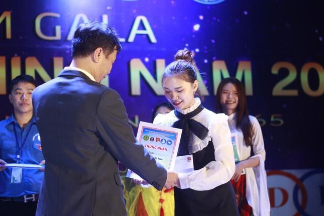 """Nữ sinh viên Học viện Nông nghiệp Việt Nam """"cháy hết mình"""" với phong trào tình nguyện ảnh 8"""