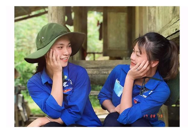 """Nữ sinh viên Học viện Nông nghiệp Việt Nam """"cháy hết mình"""" với phong trào tình nguyện ảnh 2"""
