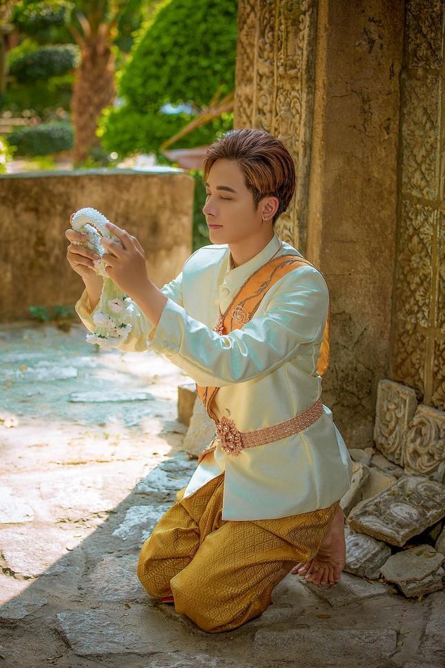 Ngỡ ngàng chàng mẫu Việt đầy tài năng bị nhiều người hiểu nhầm là người Thái ảnh 3