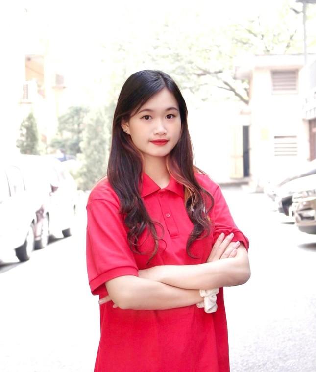 Nữ sinh viên Hà Thành xinh đẹp đam mê với thiện nguyện ảnh 5