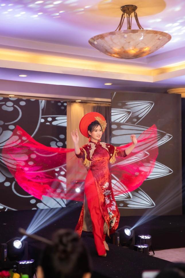 Nữ sinh viên Hà Thành xinh đẹp đam mê với thiện nguyện ảnh 7