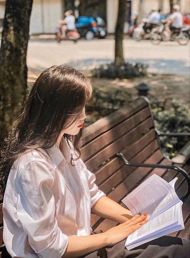 Nữ sinh viên Hà Thành xinh đẹp đam mê với thiện nguyện ảnh 8
