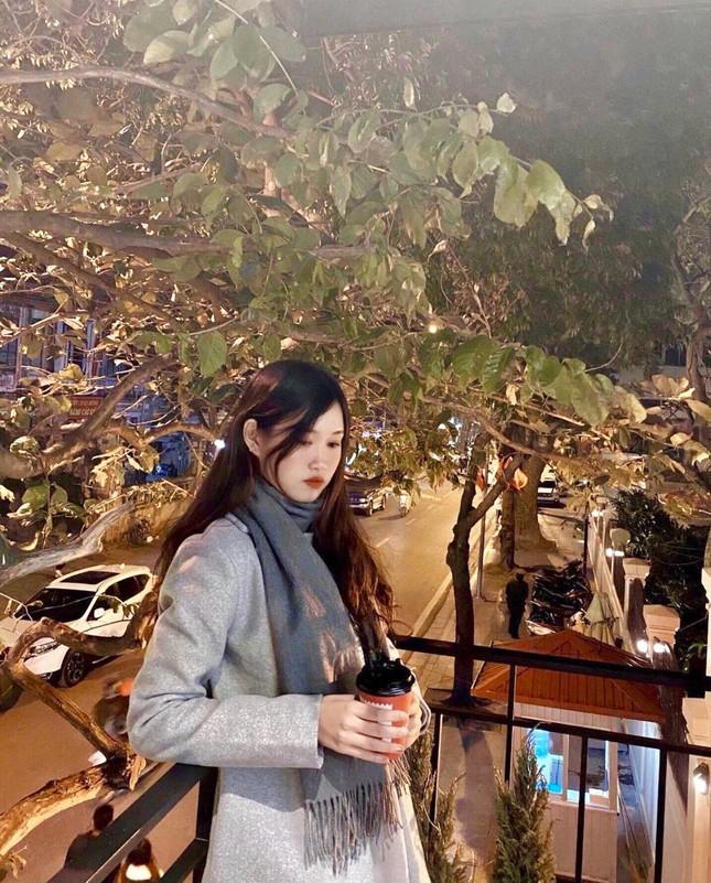 Nữ sinh viên Hà Thành xinh đẹp đam mê với thiện nguyện ảnh 9