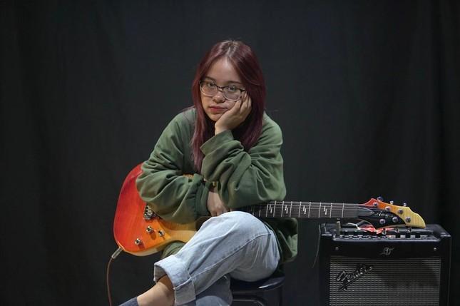 """Cô nàng Sơn La bị nhầm là người nước ngoài khi cover """"In the City of Love"""" ảnh 7"""