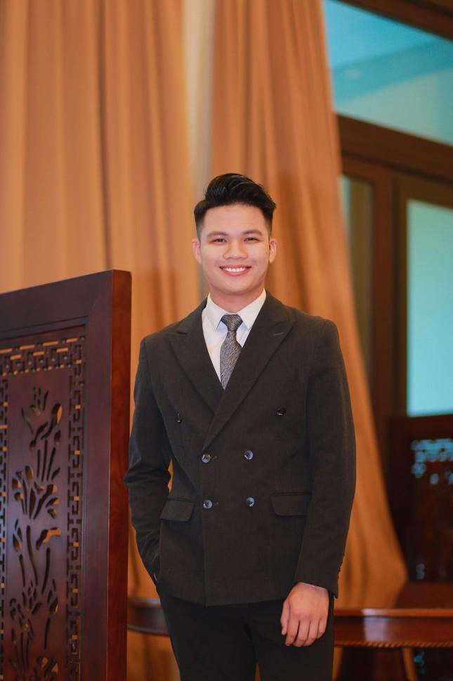 """Chàng trai Thái Bình """"giàu trải nghiệm"""" và cái kết trở thành MC VTC điển trai ảnh 5"""