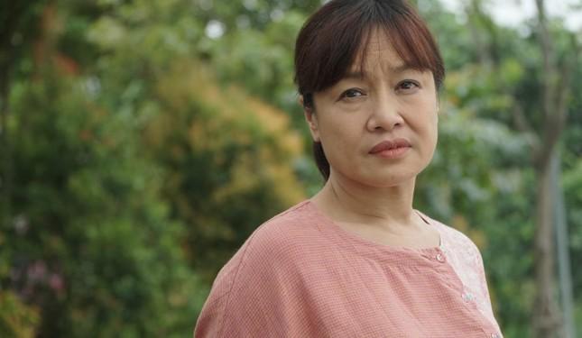 """""""Hương vị tình thân"""": Phương Oanh đối đầu Thu Quỳnh """"giành giật"""" trai đẹp ảnh 7"""