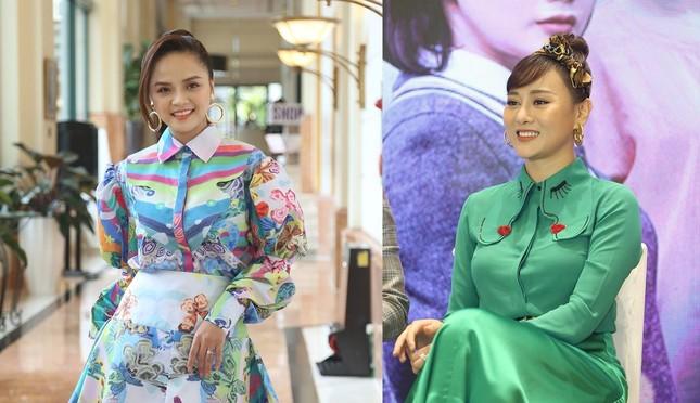 Phố phường Hà Nội lãng mạn với sắc trắng hoa Loa kèn ảnh 1