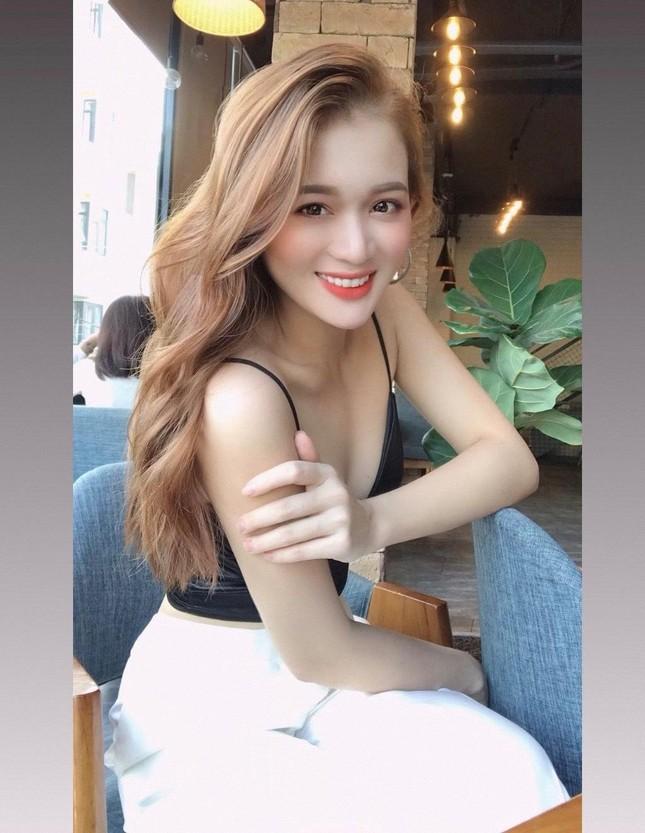 """""""Cú hích"""" trong đời của Hoa khôi trường Đại học Sân khấu Điện ảnh TP. Hồ Chí Minh ảnh 6"""