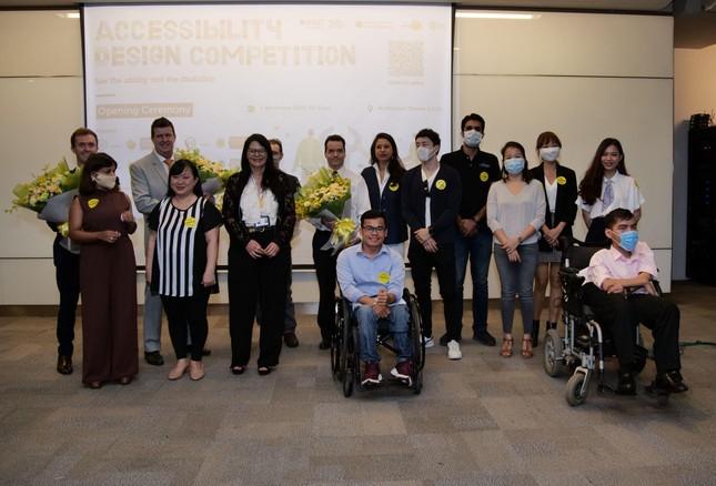 Kiến tạo môi trường làm việc thân thiện với người khuyết tật ảnh 1
