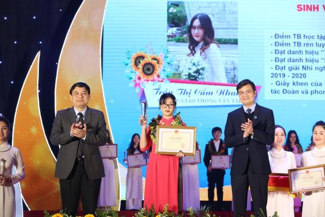 Nữ sinh chuyên ngữ vào Giao thông Vận tải là Sinh viên 5 tốt cấp Trung ương ảnh 7