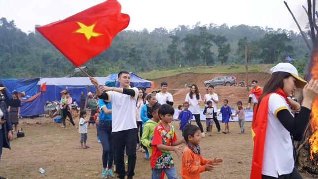 Nhìn lại chặng đường đầy tự hào của Cơ phó Vietnam Airlines là cán bộ Đoàn nhiệt huyết ảnh 12