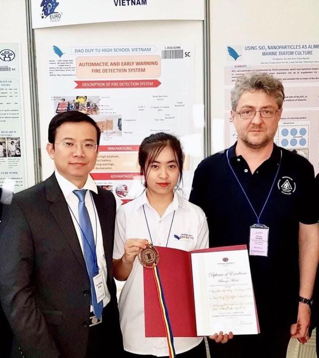 """Nữ du học sinh gốc Thái Nguyên """"văn võ song toàn"""" từng đạt HCV Quốc tế ảnh 1"""