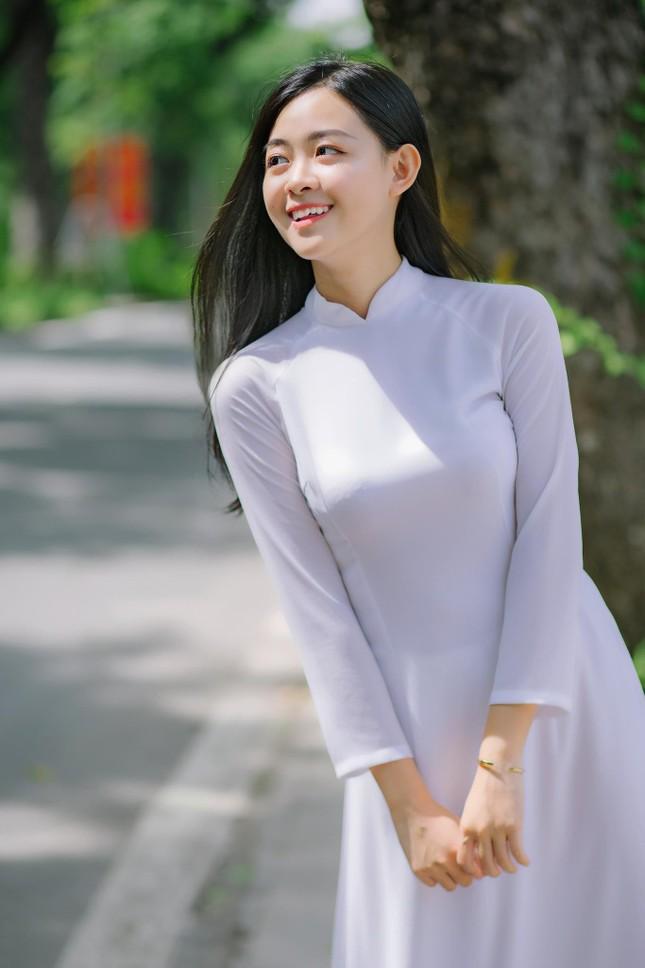 Nữ sinh Cao Bằng rung cảm từ những chuyến tình nguyện ảnh 6