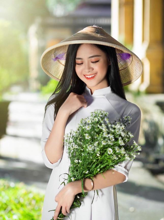 Nữ sinh Cao Bằng rung cảm từ những chuyến tình nguyện ảnh 7