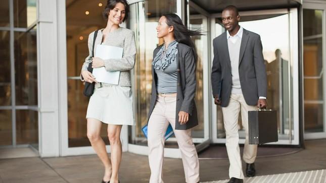 Công ty cho làm 4 ngày/ tuần: Nhân viên hạnh phúc, năng suất tăng đột biến ảnh 1