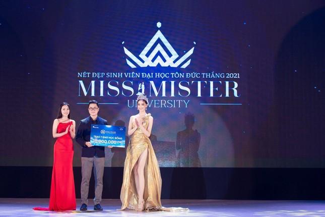 Đêm Chung kết nét đẹp sinh viên TDTU 2021 - Vẻ đẹp của sự lan tỏa ảnh 15