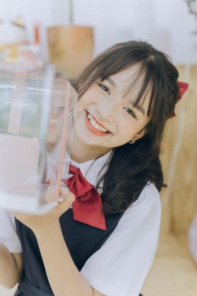 Nữ sinh Phú Thọ với nụ cười trong sáng, hồn nhiên khiến bao chàng trai thổn thức ảnh 2