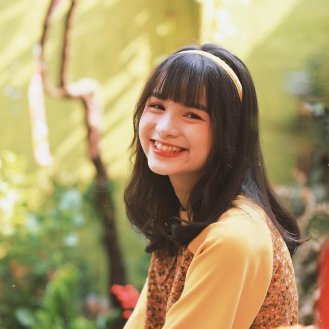 Nữ sinh Phú Thọ với nụ cười trong sáng, hồn nhiên khiến bao chàng trai thổn thức ảnh 4