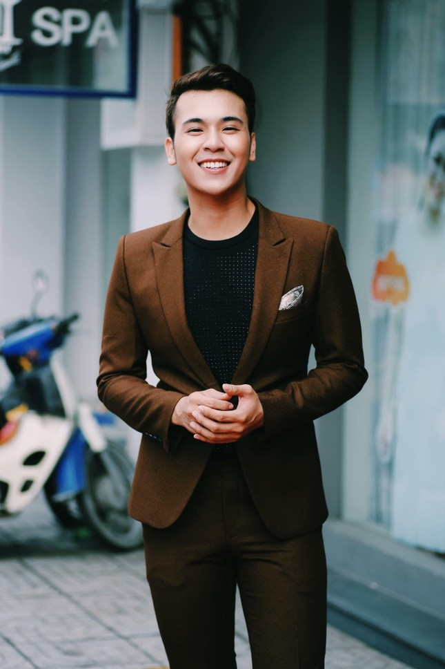 MC Lê Minh Ngọc: Từ chàng trai mê nghệ thuật đến giảng viên Đại học ảnh 3