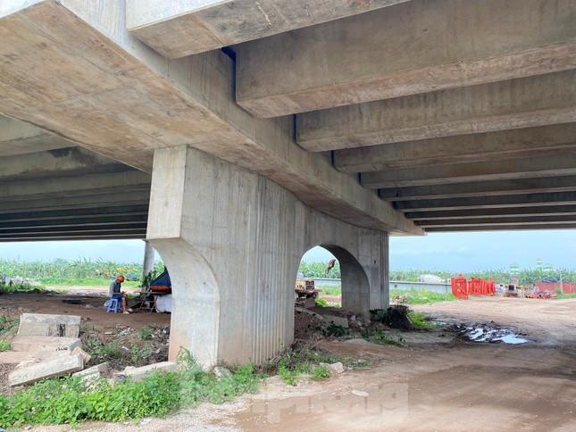 Toàn cảnh công trường xây dựng cầu vượt sông gần 2.000 tỷ đồng ở Bắc Ninh ảnh 10