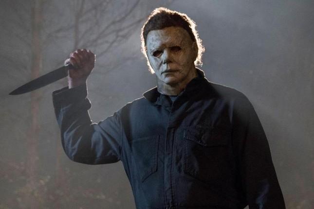 Nỗi kinh hoàng đến từ những chiếc mặt nạ tưởng chừng đơn sơ trong phim kinh dị ảnh 6
