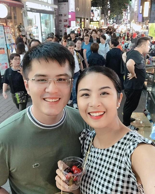 Đính hôn đã lâu nhưng cớ sao Hoa hậu Ngọc Hân vẫn chưa định ngày kết hôn? ảnh 3