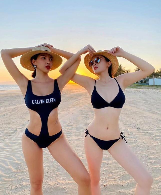 Một mỹ nhân diện bikini đã cực nóng bỏng, Kỳ Duyên – Minh Triệu còn diện bikini đôi ảnh 3