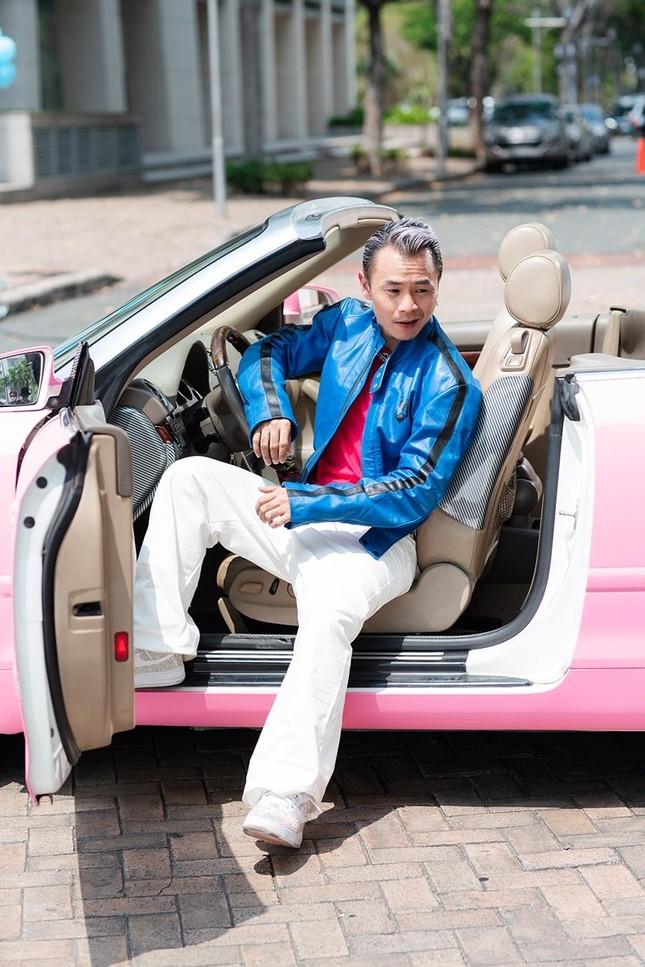 Vừa nghỉ lễ xong, Binz lẳng lặng tung teaser cho MV mới 'Ờ mây zing Good...' ảnh 5