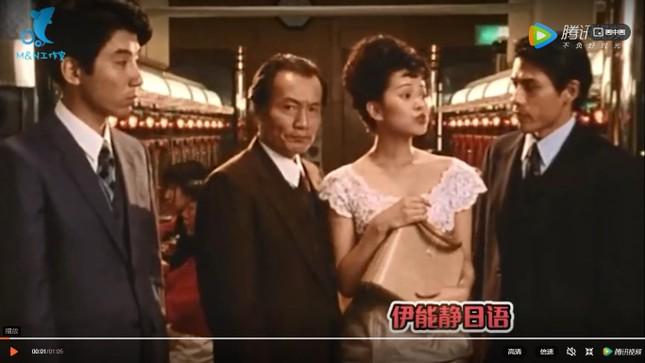 """Quá sốc """"nữ thần"""" xinh đẹp nhất xứ Đài, hơn 50 tuổi trông như 21, thông thạo 3 ngoại ngữ ảnh 3"""