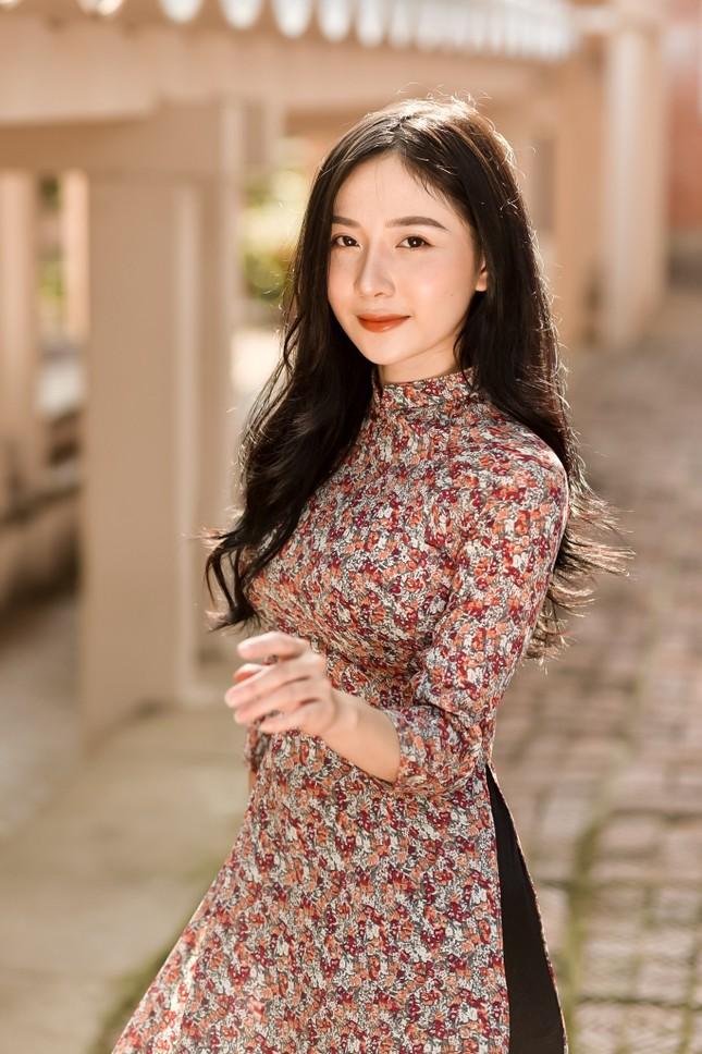 Nữ sinh báo chí đam mê ca hát, trưởng thành từ những khó khăn ảnh 7