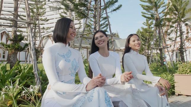 Người đẹp Đào Thị Hà diện trang phục Chăm quảng bá lễ hội văn hóa dân gian Khánh Hòa ảnh 1