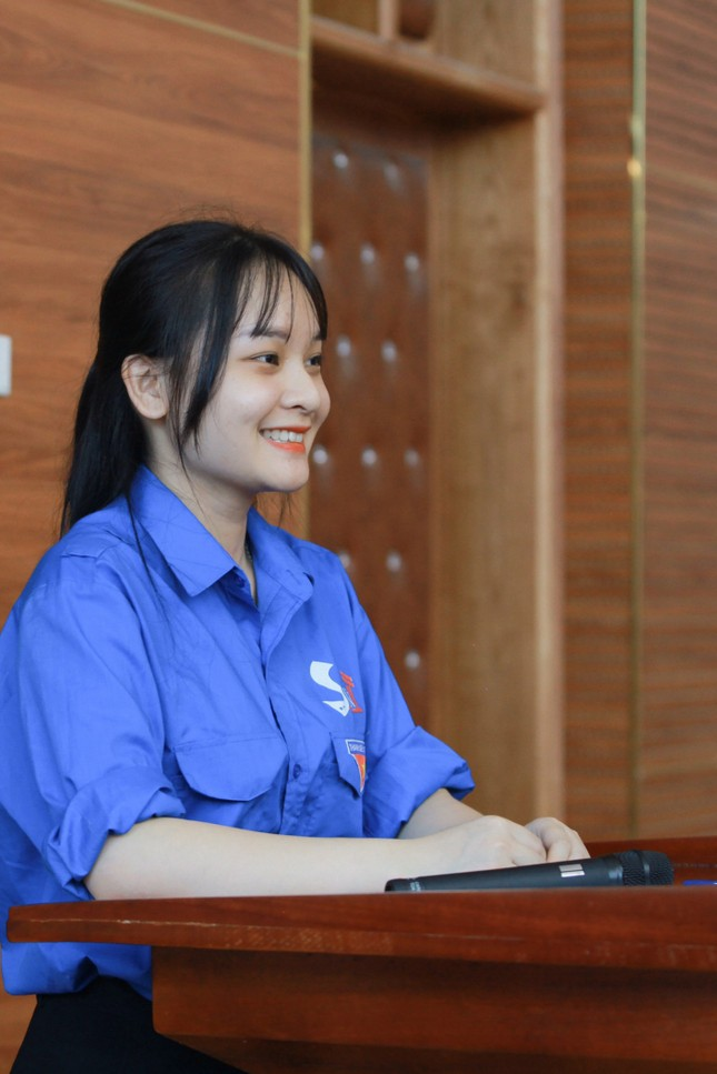 Nữ sinh là Đảng viên trẻ xuất sắc tiêu biểu của trường Giao thông ảnh 9