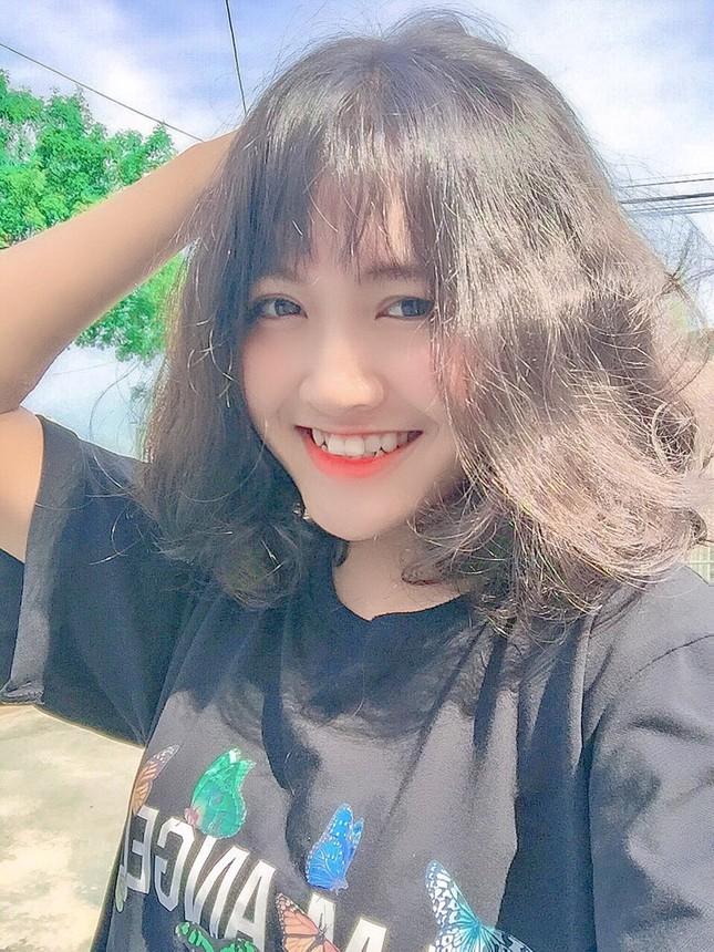 Hot girl 10X Thanh Hóa và ước mơ học Luật  ảnh 1