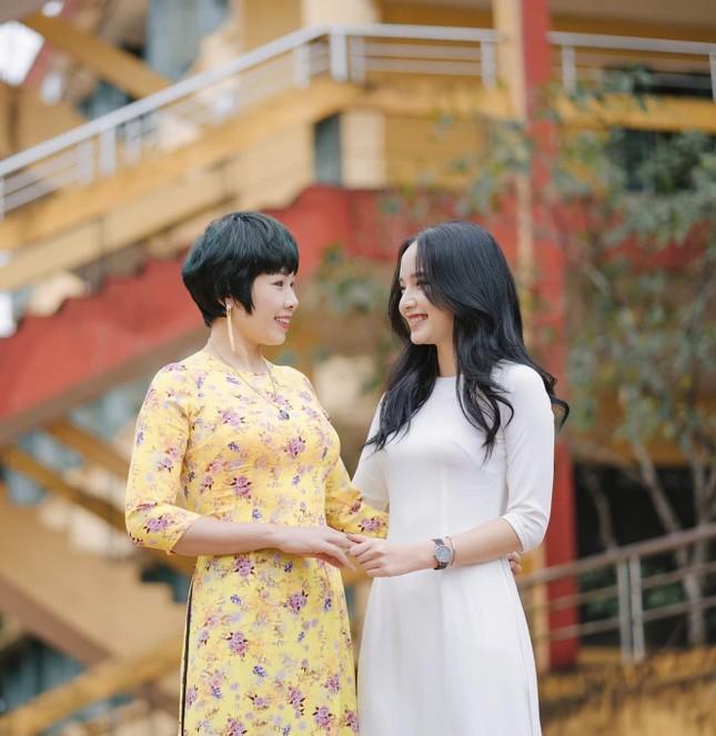 """Hot girl Yên Bái đạt điểm thi cao vút gạt phăng định kiến """"chân dài não ngắn"""" ảnh 7"""