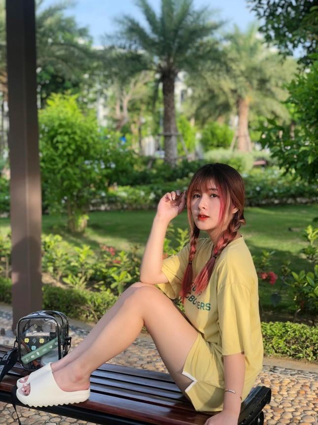 Nữ sinh 2K1 gây sốt với vẻ đẹp tinh khôi đốn tim cộng đồng mạng ảnh 6