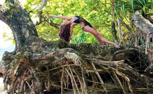 Những HLV yoga đẹp và dẻo dai nhất châu Á người Trung Quốc ảnh 5