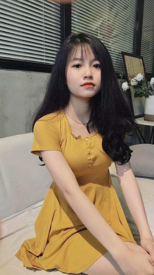 Nữ sinh Buôn Ma Thuột xinh đẹp, đam mê kinh doanh, muốn học trường ĐH Kinh tế TP.HCM ảnh 15