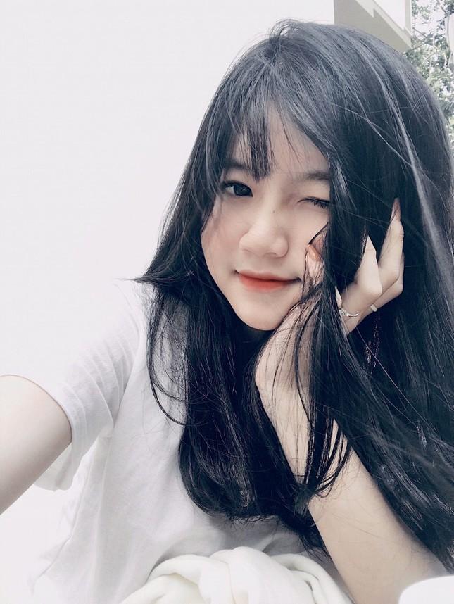 Nữ sinh Buôn Ma Thuột xinh đẹp, đam mê kinh doanh, muốn học trường ĐH Kinh tế TP.HCM ảnh 7