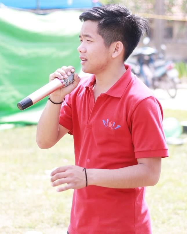 Chàng sinh viên vinh dự được bầu vào Cấp uỷ Chi bộ Sinh viên ảnh 11