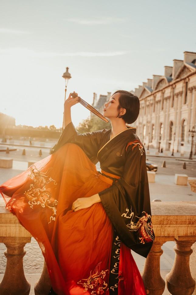 Bộ ảnh đón Trung thu đẹp như cổ tích giữa lòng châu Âu của du học sinh Pháp ảnh 11