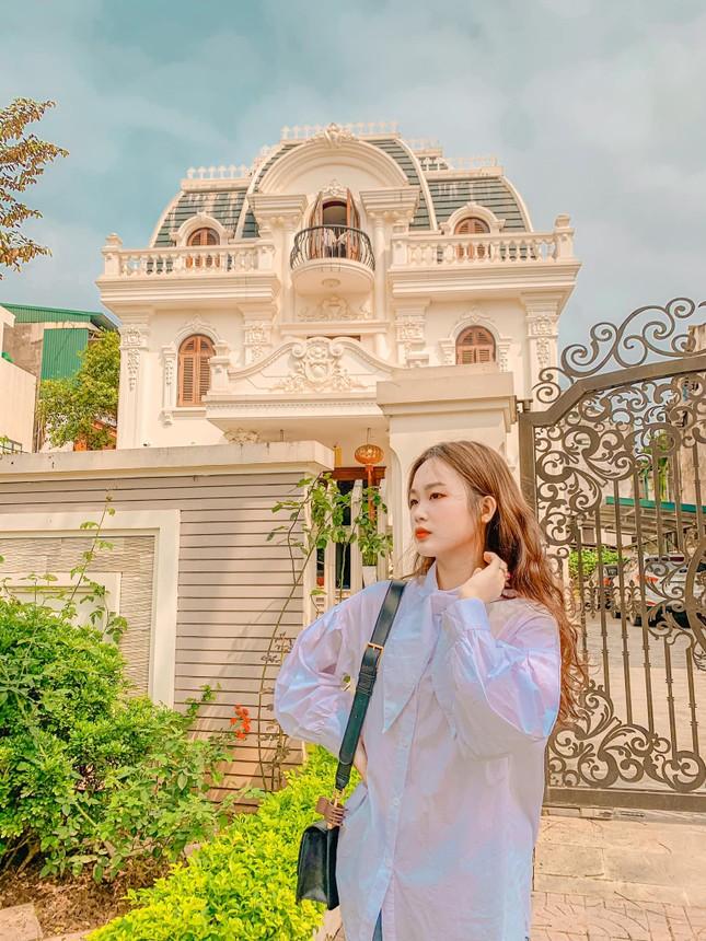 Vẻ đẹp chuẩn Hàn Quốc của nữ sinh trường ĐH Kinh doanh và Công nghệ Hà Nội  ảnh 4