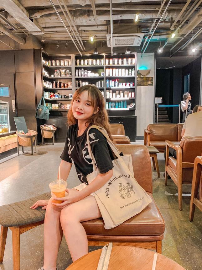 Vẻ đẹp chuẩn Hàn Quốc của nữ sinh trường ĐH Kinh doanh và Công nghệ Hà Nội  ảnh 6