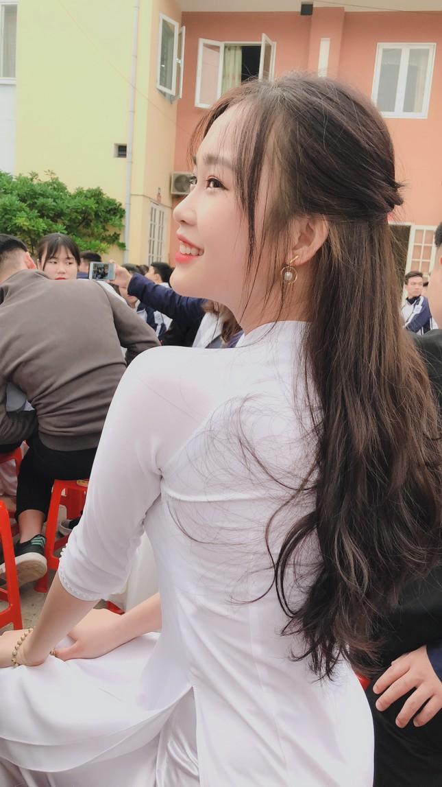Vẻ đẹp chuẩn Hàn Quốc của nữ sinh trường ĐH Kinh doanh và Công nghệ Hà Nội  ảnh 8