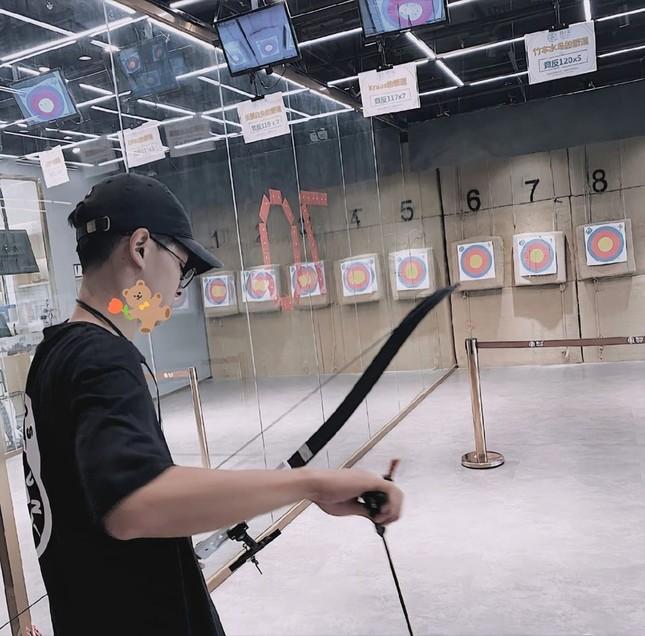 """Danh tính bí ẩn của nam sinh xứ Trung với loạt cover khiến Fans Việt """"lụi tim"""" ảnh 9"""