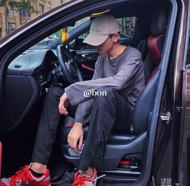 """Danh tính bí ẩn của nam sinh xứ Trung với loạt cover khiến Fans Việt """"lụi tim"""" ảnh 10"""