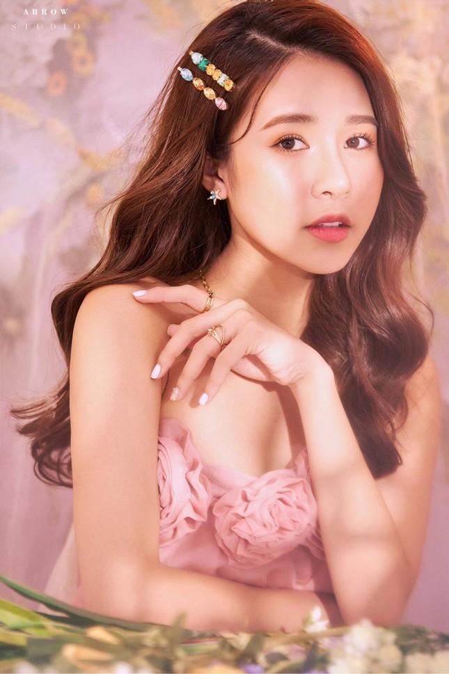 Hot girl Nam Định sở hữu nét đẹp giống diễn viên Sam ảnh 9