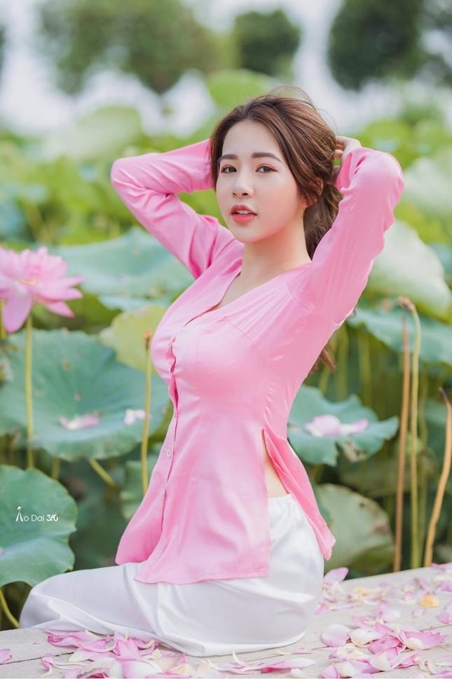 Hot girl Nam Định sở hữu nét đẹp giống diễn viên Sam ảnh 8