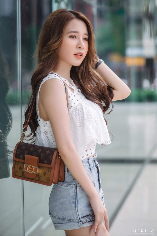 Hot girl Nam Định sở hữu nét đẹp giống diễn viên Sam ảnh 6